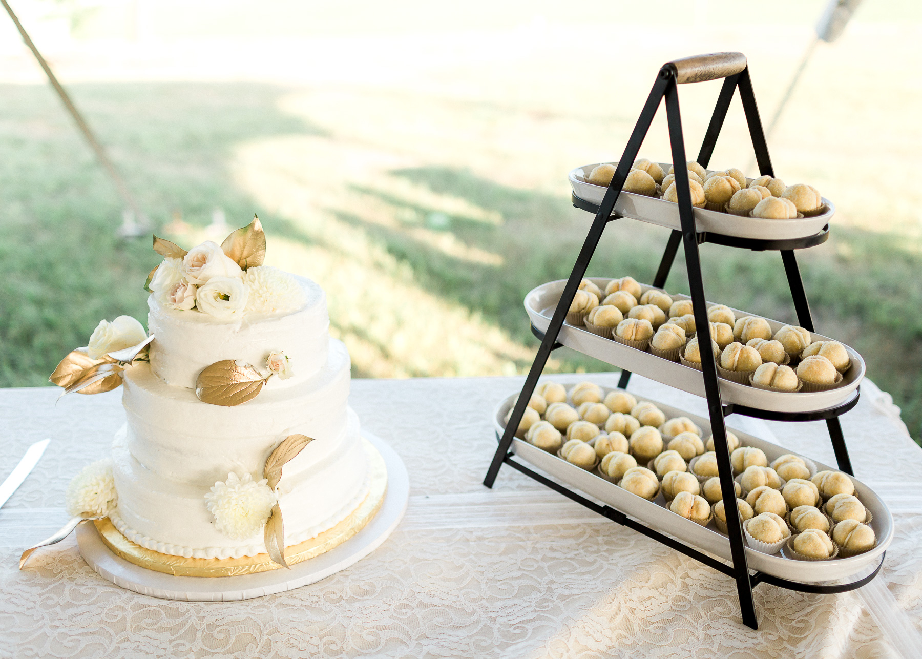 wedding cake and desert