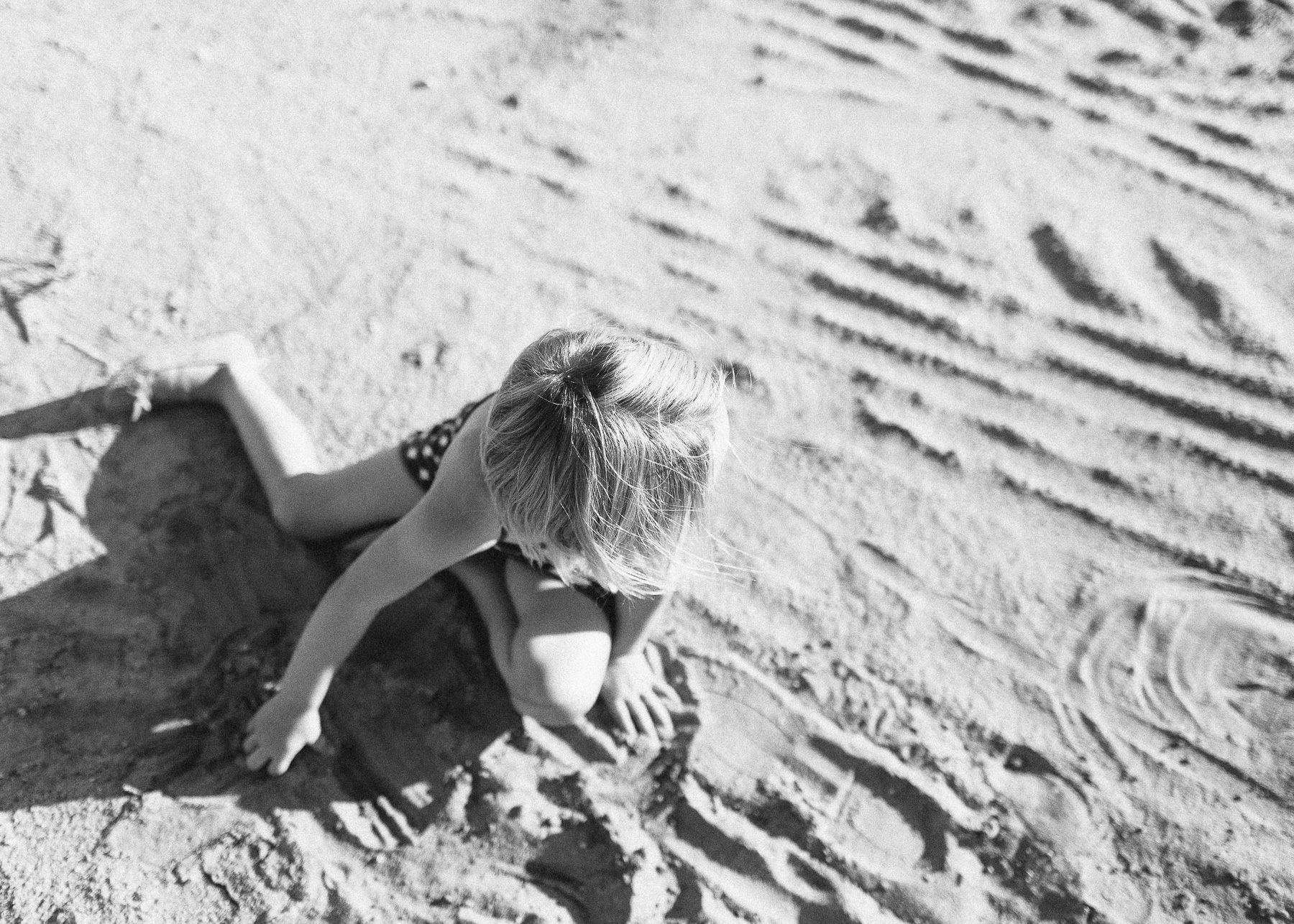 girl playing in dirt